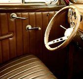 Wnętrza zabytkowych samochodów. — Zdjęcie stockowe
