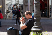 Man with smartphone — Stock Photo