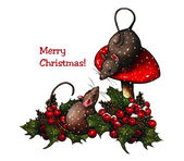Christmas: Two Mice, Toadstool, Holly, Berries, and Snow — Stock Photo