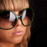 Woman in sunglasses — Stock Photo #11230265