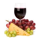 Full red wine glass goblet — 图库照片