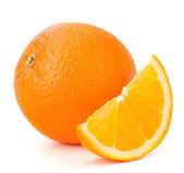 ολόκληρο πορτοκάλι και του τμήματος ή το πίσω μέρος σαμάριου — Φωτογραφία Αρχείου