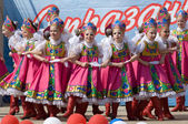 Ensemble of national dance Russia — Stock Photo