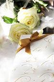 Dekorative geschenk für hochzeit oder jubiläum — Stockfoto