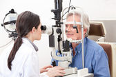 Optométriste, faire des tests de vue — Photo
