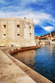 Dubrovnik old town pier — Stock Photo