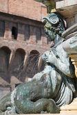 Bologna, brunnen auf der piazza maggiore — Stockfoto