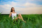 女の子を楽しむ夏 — ストック写真