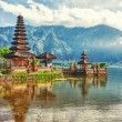 Pura Ulun Danu — Stock Photo #11574371