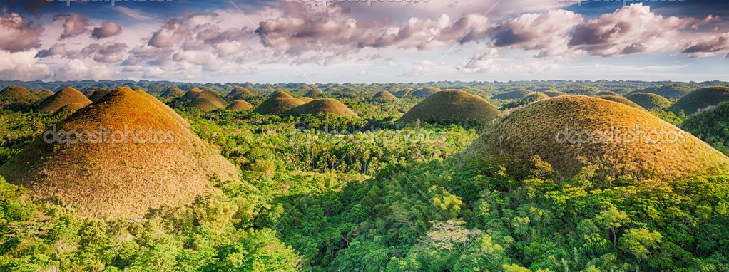 Panorama of The Chocolate Hills. Bohol, Philippines — Stock Photo #11800811