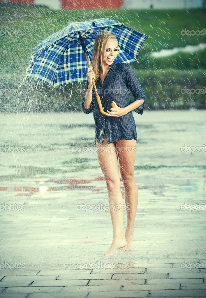 photo of girls with umbrellas № 22130