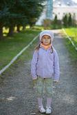 Girl-preschooler in full-length — Stock Photo