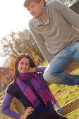 Portrait of a young couple in the countryside — Stockfoto