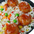 Meatballs with rice and vegetables — Stock Photo #11271877