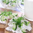 Sandwich with cottage cheese, cucumber and chives — Stock Photo