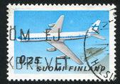 飞机和赫尔辛基机场 — 图库照片