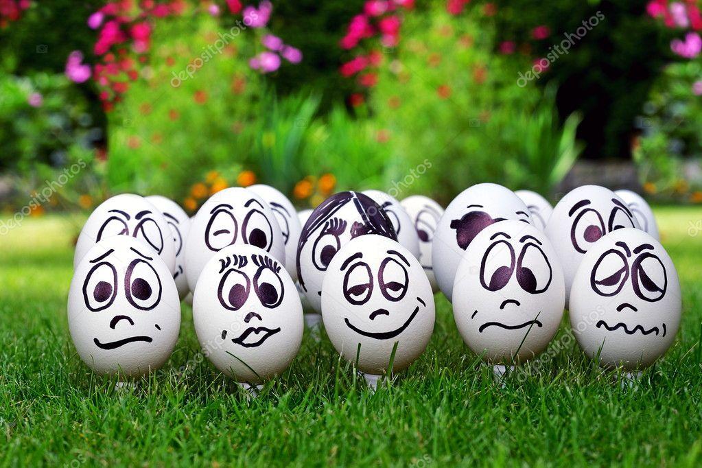 смайлики на яйцах: