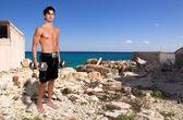 Adam ağırlık kaldırma — Stok fotoğraf