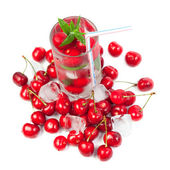 Cherry cocktail with ice and mint — Foto Stock