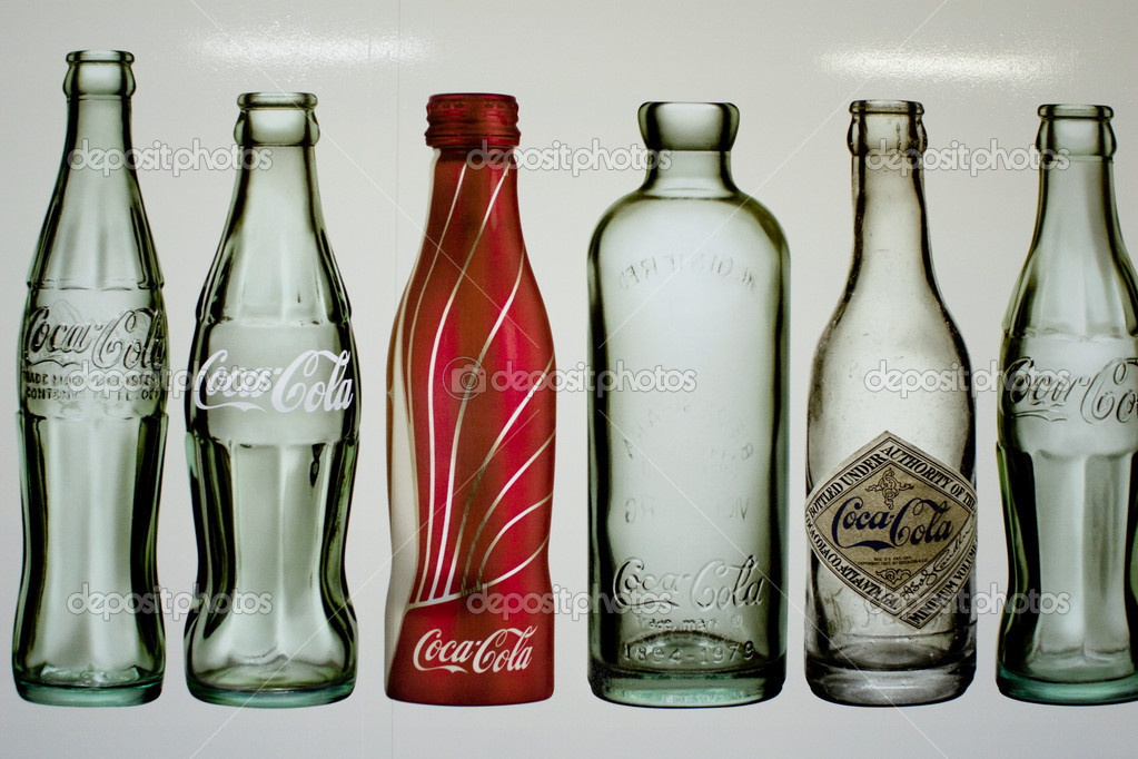 Empty bottles of coca cola — Stock Photo #11047471