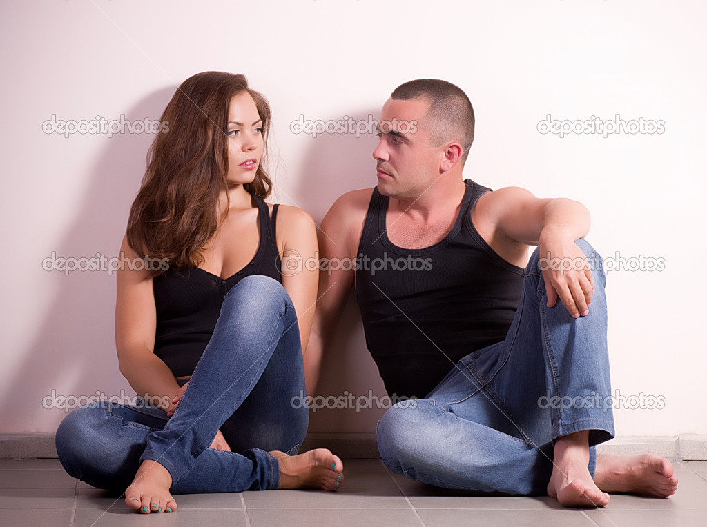 Portrait of happy loving couple — Stock Photo #10958531