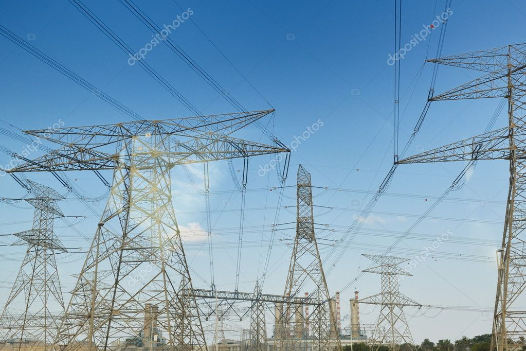 Electrical power tansmission  lines and network towers — Stock Photo #10994511
