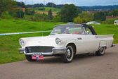 Ford Thunderbird — Stock Photo