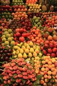 市場での果物 — ストック写真