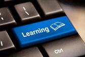 Concept de l'apprentissage. clavier d'ordinateur — Photo