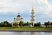 Cathedral with bell tower on Volga river bank — Stok fotoğraf