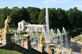 Grand Cascade Fountains of Peterhof Palace — Stock Photo