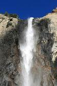 Waterfall in Yosemite National Park — Stock Photo