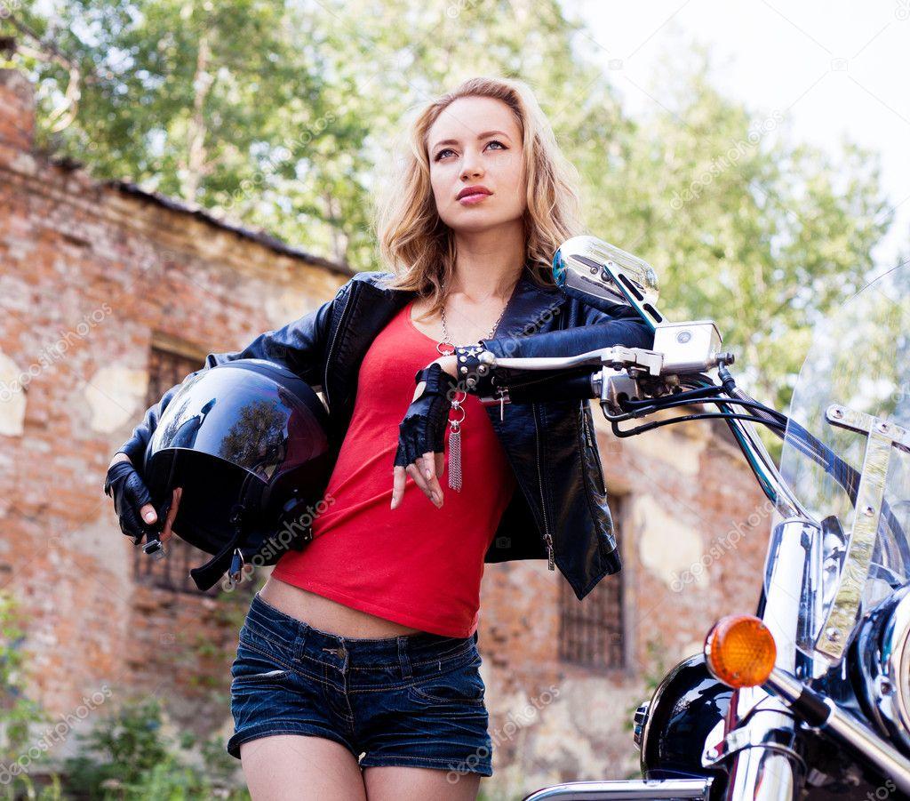 Фото женщин байкерш 24 фотография