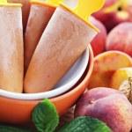Peach ice cream — Stock Photo #11728398
