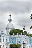Smolnyi cathedral (Smolny Convent) St. Petersburg.Russia — Foto de Stock