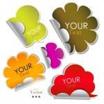 pegatinas de colores y burbujas de discurso — Vector de stock