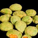 Wasabi peanuts — Stock Photo