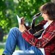 Man composing song — Stock Photo