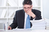 Senior businessman concentrate on work — Stock Photo