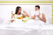 Morning in bed — Stock Photo