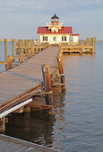 The Roanoke Marshes Lighthouse in Manteo, North Carolina vertica — Stock Photo