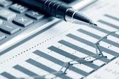 Analiza finansowa wykresy — Zdjęcie stockowe