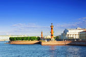 St. Petersburg. View on the Winter Palacel, the Admiralty and Rostral columns. — Stock Photo