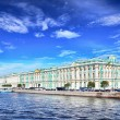 View Winter Palace in Saint Petersburg from Neva river. — Stock Photo #11654287