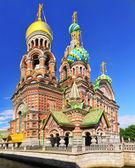 Iglesia del salvador sobre la sangre derramada, san petersburgo, rusia — Foto de Stock