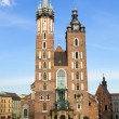 St. mary's church, beroemde bezienswaardigheid in Krakau — Stockfoto #10786813