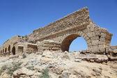 Ancient Roman aqueduct — Stock Photo