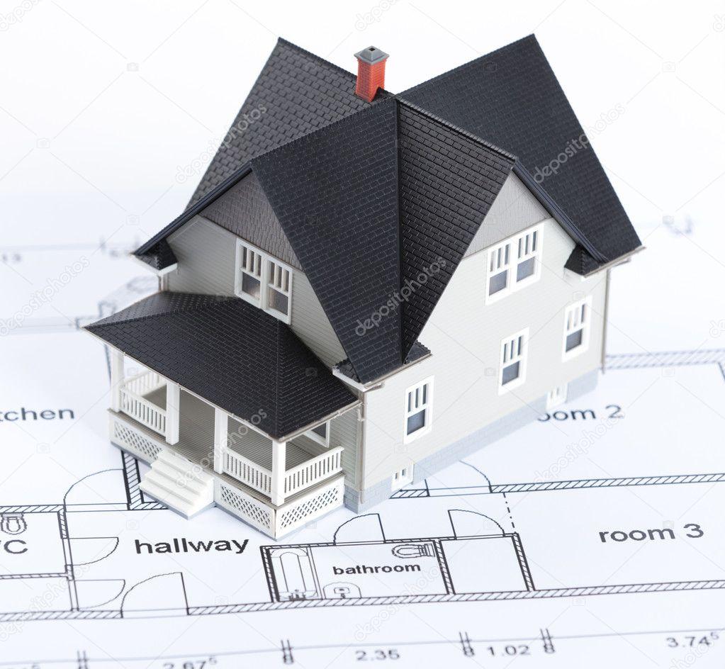 Immobilier concept plan de construction avec maison modèle architectural là dessus image de agencyby