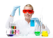 Female doctor does some experiments — Stock Photo