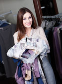 Lovely woman is eager to make purchases — Stock Photo